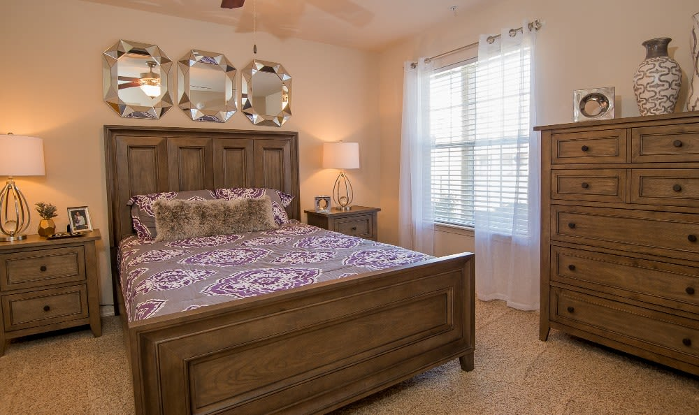 Spacious Bedroom at apartments Villas at Aspen Park in Broken Arrow, OK