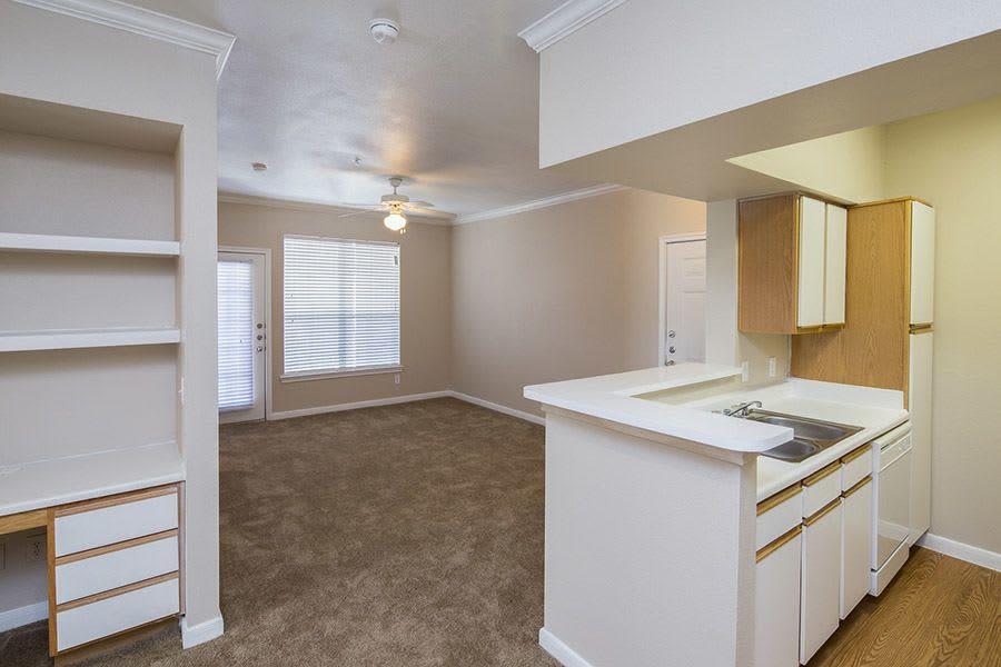 Modern kitchen at Veranda in Texas City, TX