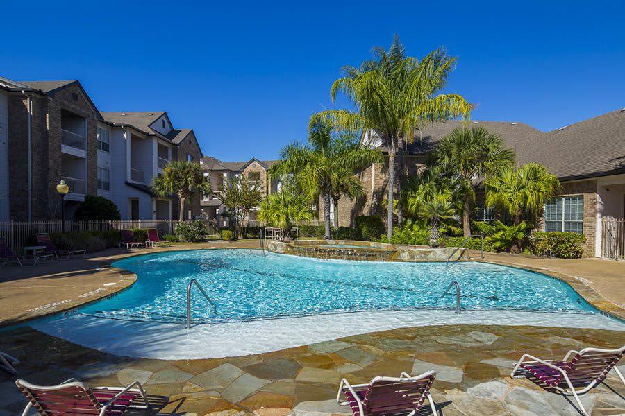 Veranda swimming pool
