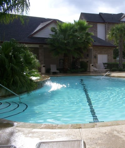 Swimming pool at Veranda in Texas City, TX