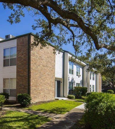 Great apartment features at University Green in Houston, TX