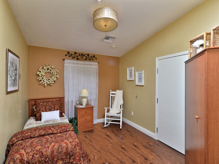 Bedroom at Pacifica Senior Living Paradise Valley in Phoenix
