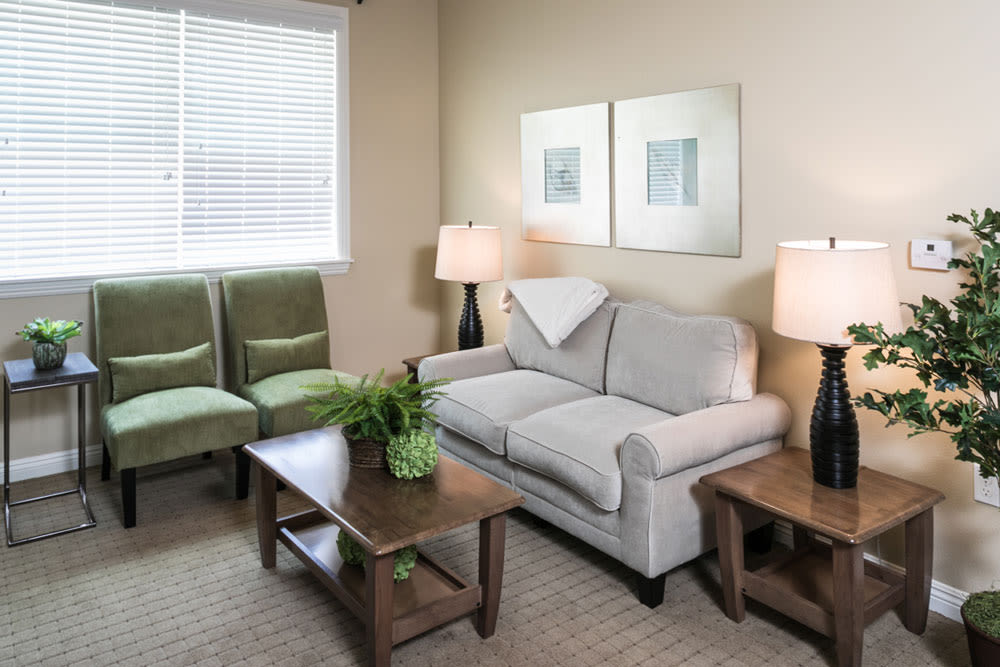 Living room at Mariposa at Ellwood Shores