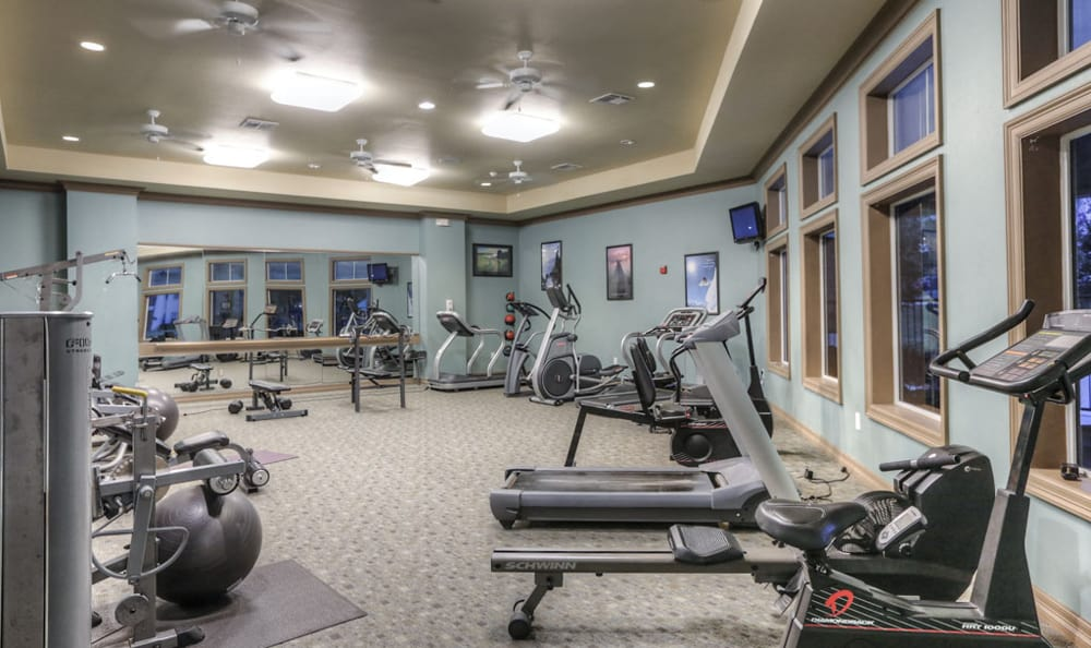 Fitness center at Stone Creek Apartments