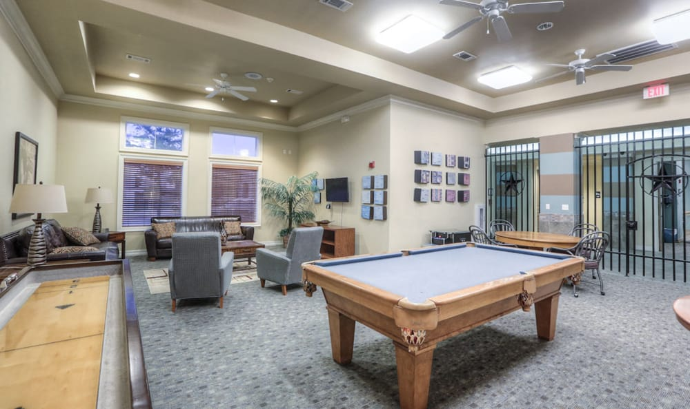 Game room at Stone Creek Apartments