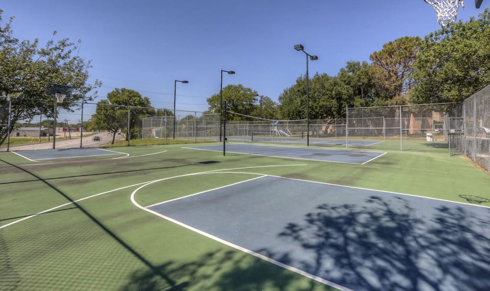 Basketball and Tennis Courts at Twin Creek