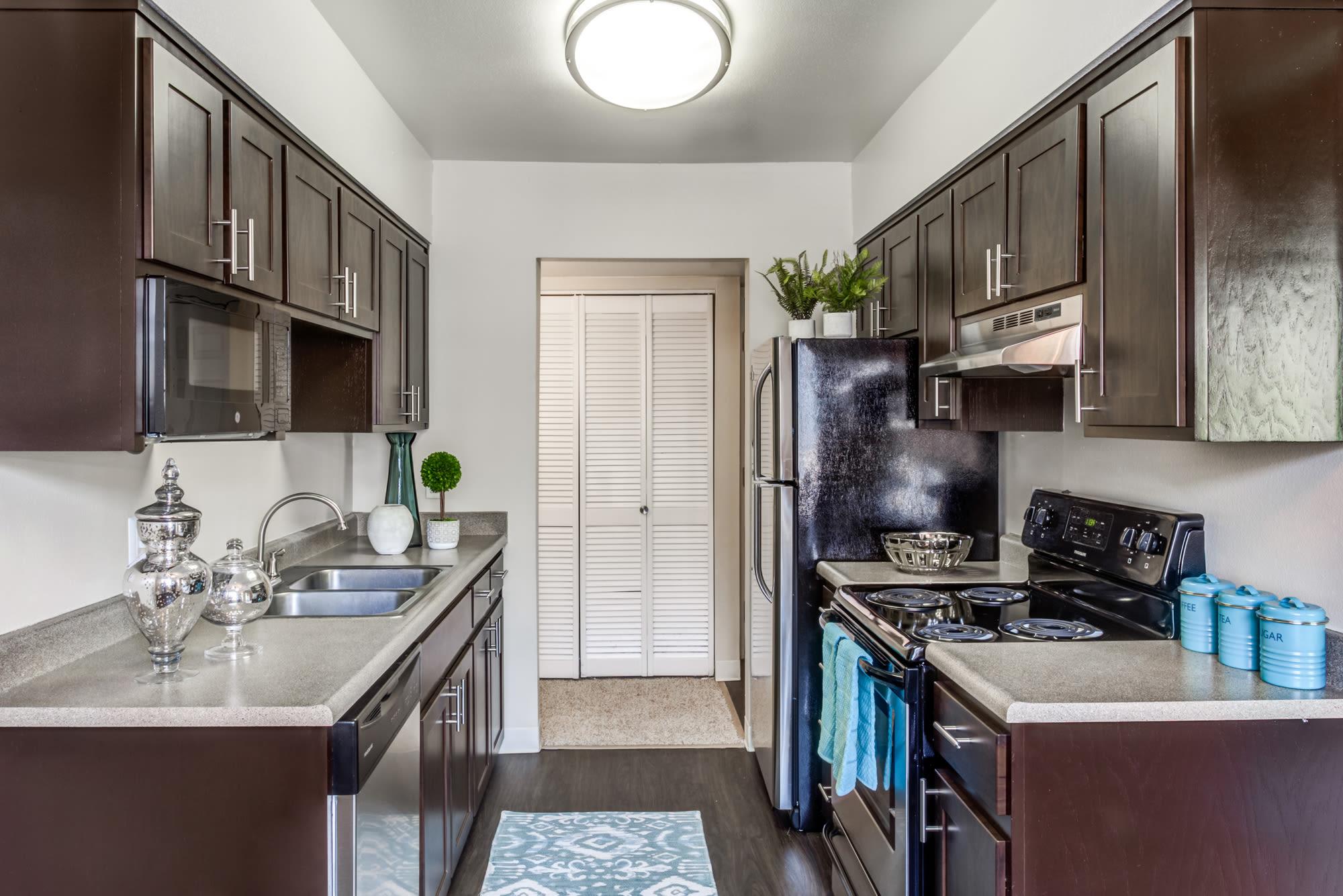 Kitchen at Royal Ridge Apartments