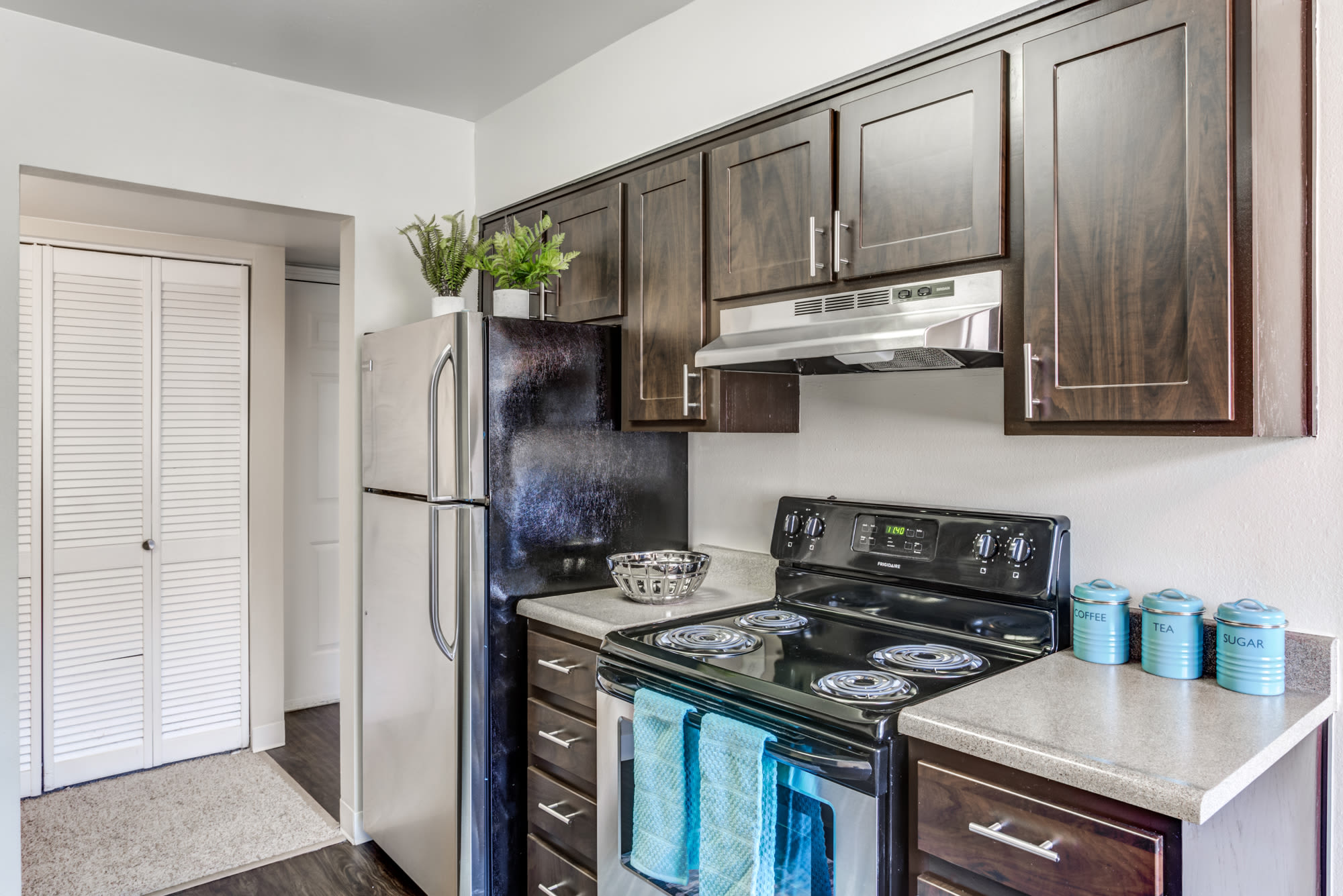 Midvale Apartments for Rent near SLC UT off Ft Union
