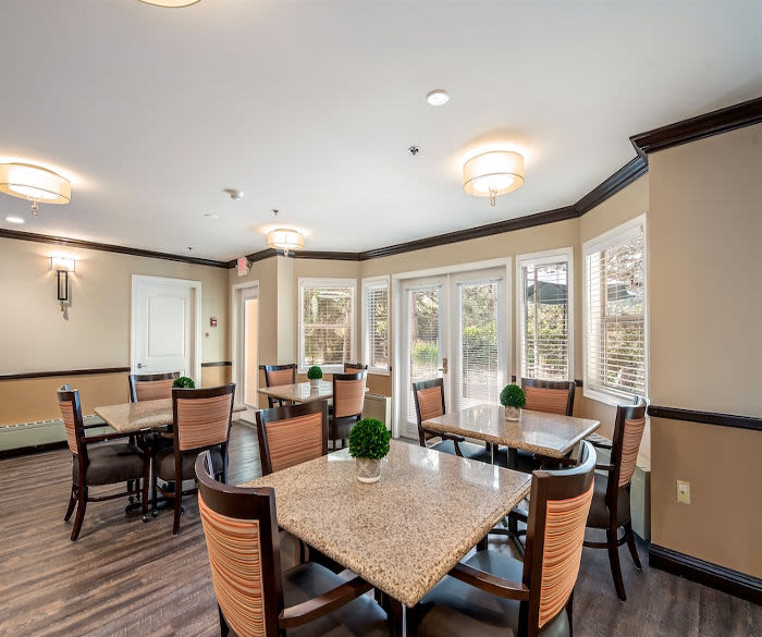 Enjoy the dining area at Pacifica Senior Living Lynnwood