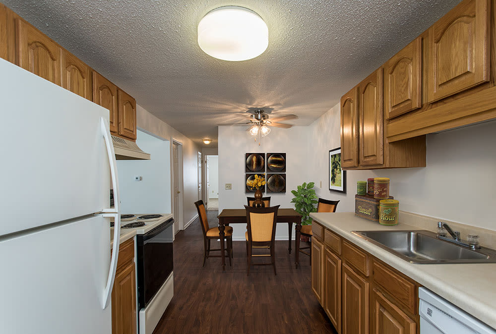 Example kitchen and dining room at Perinton Manor Apartments