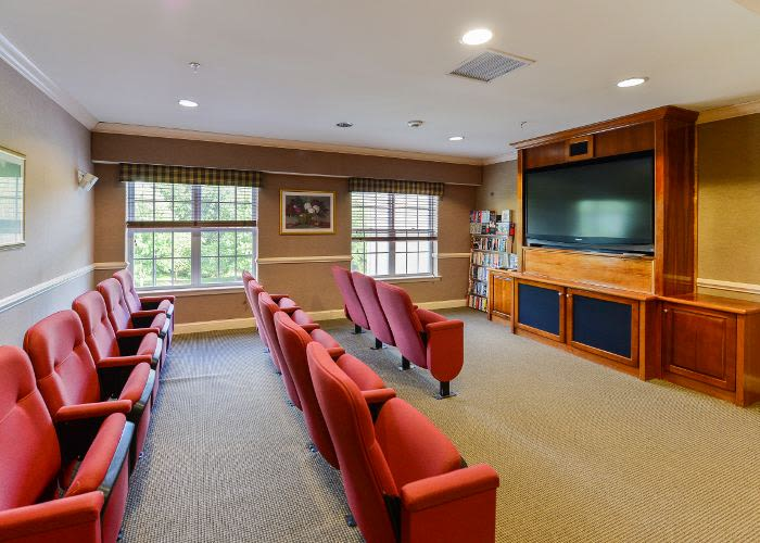 The Horizons at Franklin Lakes Apartment Homes offers a mini cinema in Franklin Lakes, NJ