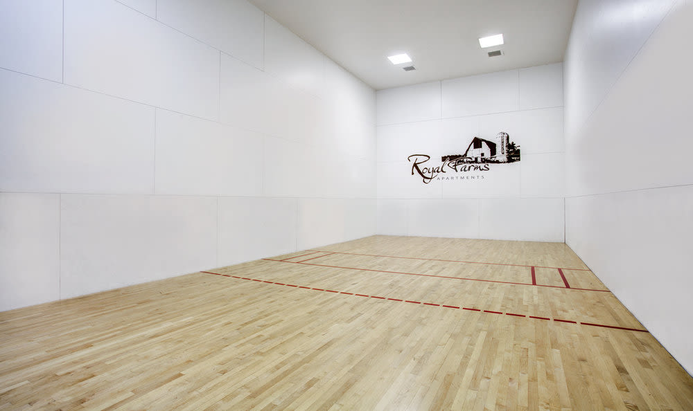 racquetball court at Royal Farms Apartments