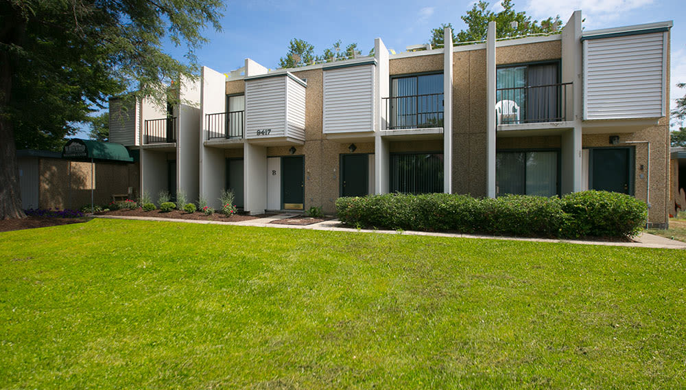 Exterior at Whitewood Apartments