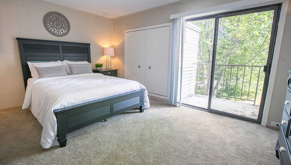Whitewood Apartments Big Master Bedroom in Twinsburg, OH