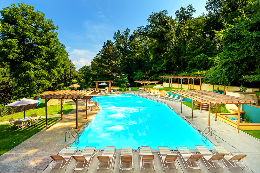 Swimming pool at Maiden Bridge & Canongate Apartments in Pittsburgh