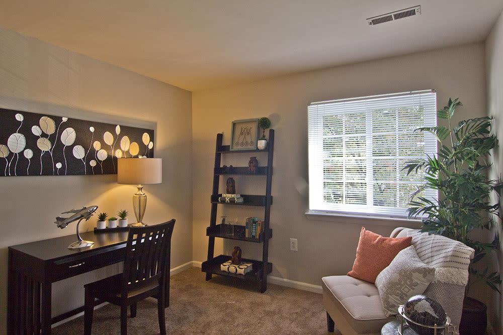 Cozy reading room at apartments in Harrisburg, Pennsylvania