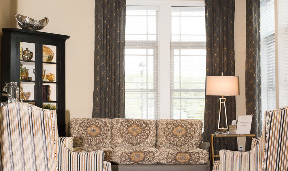 Beautiful living room at Cardinal Court Alzheimer's Special Care Center