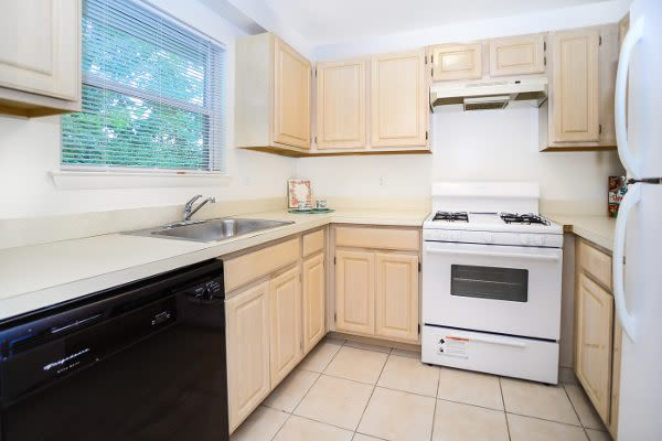 Westview Apartment Homes offers a kitchen in Westwood, NJ