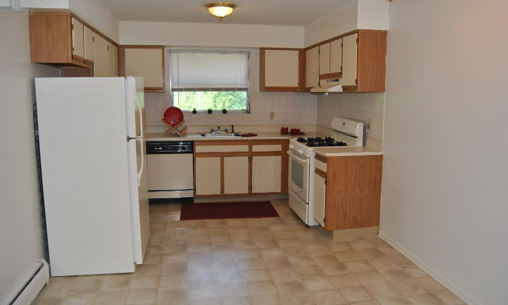 Spacious kitchen at Lakeview Terrace Apartment Homes in Eatontown, NJ