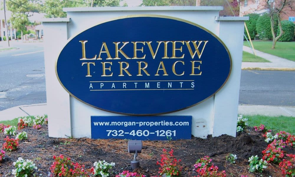 Welcome to Lakeview Terrace Apartment Homes in Eatontown, NJ