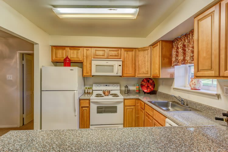 Kitchen at Woodacres Apartment Homes