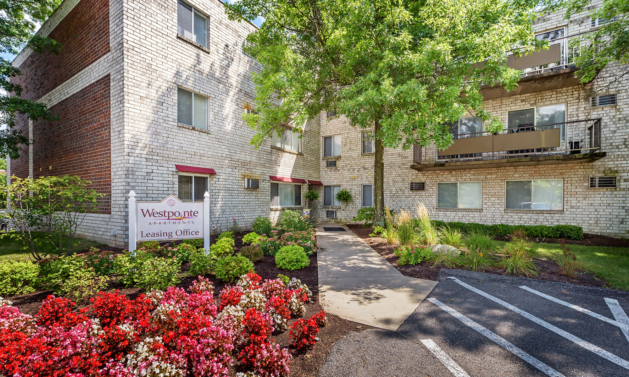 Westpointe Apartments for Rent in Robinson Township Pittsburgh PA