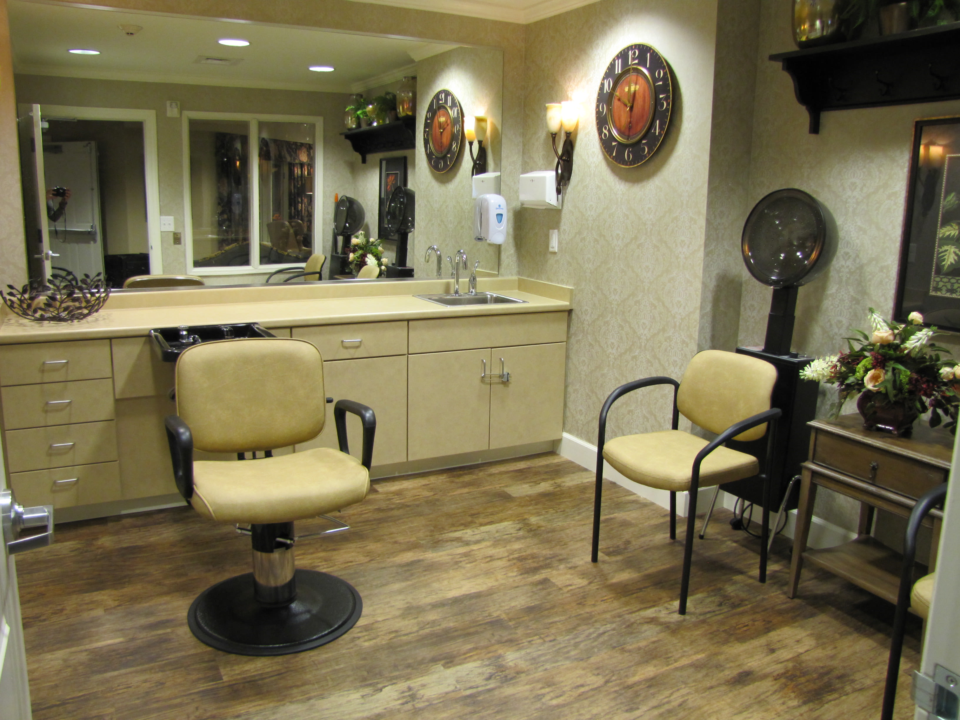 Edgemont Place Alzheimer's Special Care Center offers a barber shop in Blaine, Minnesota