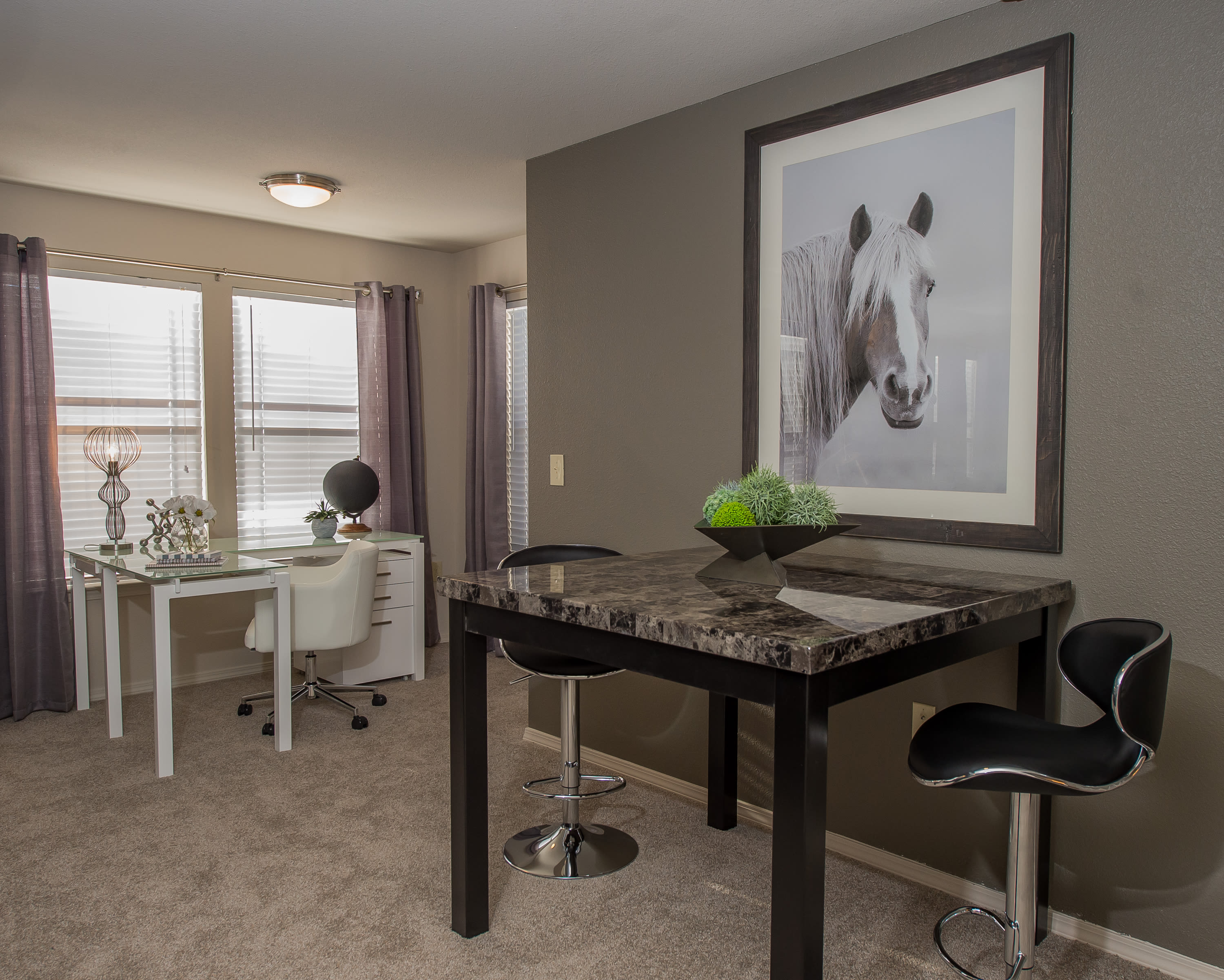 Comfortable dining room at Watercress Apartments in Maize