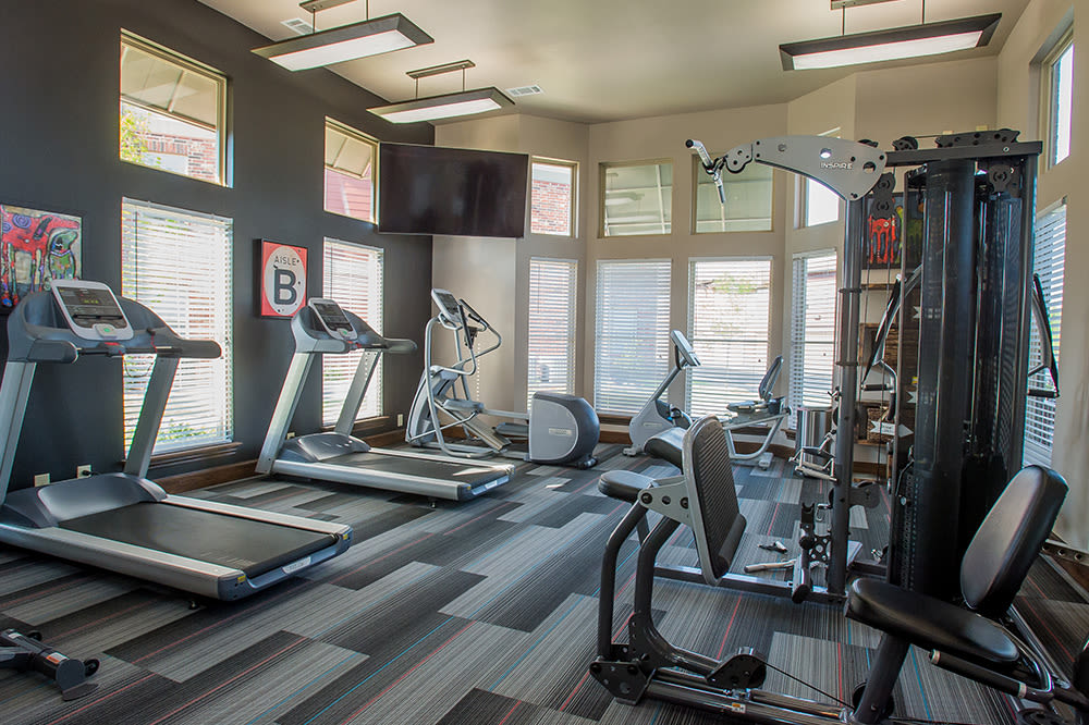 Fitness equipment at Icon at Hewitt in Hewitt, TX