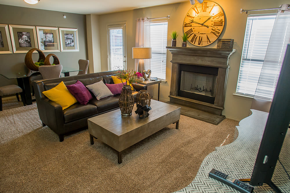 Example family room at Icon at Hewitt