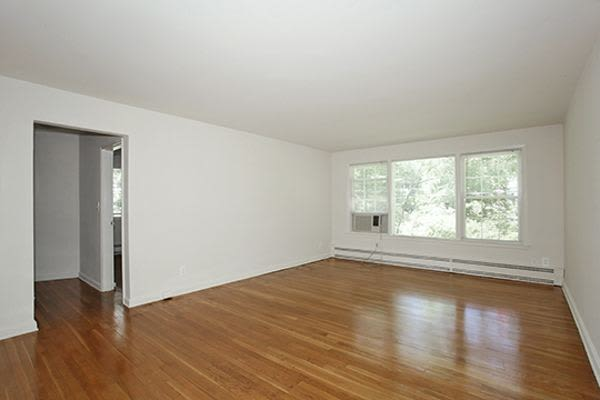 A living room that is great for entertaining at Short Hills Village Apartment Homes in Short Hills, NJ