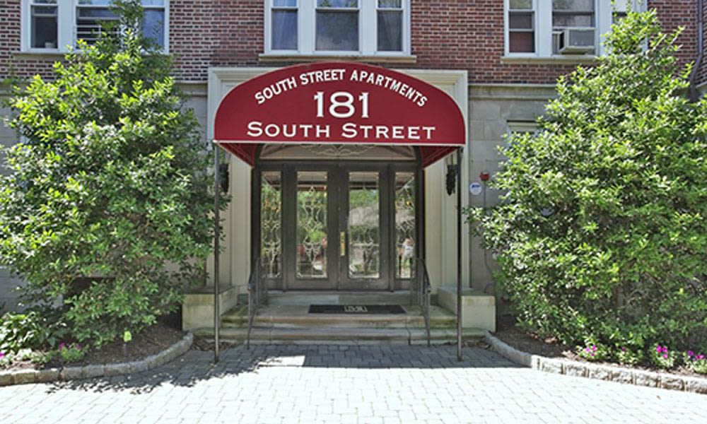 Beautiful apartments at South Street Apartment Homes in Morristown, NJ