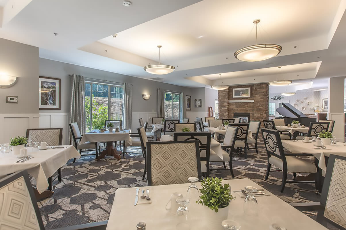 There are great dining options at Regency Newcastle in Newcastle, WA