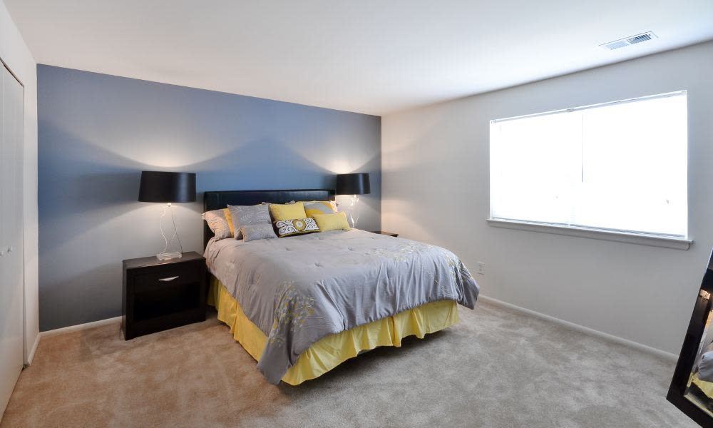 Beautiful bedroom at Mapleton Square Apartment Homes in Dover, DE