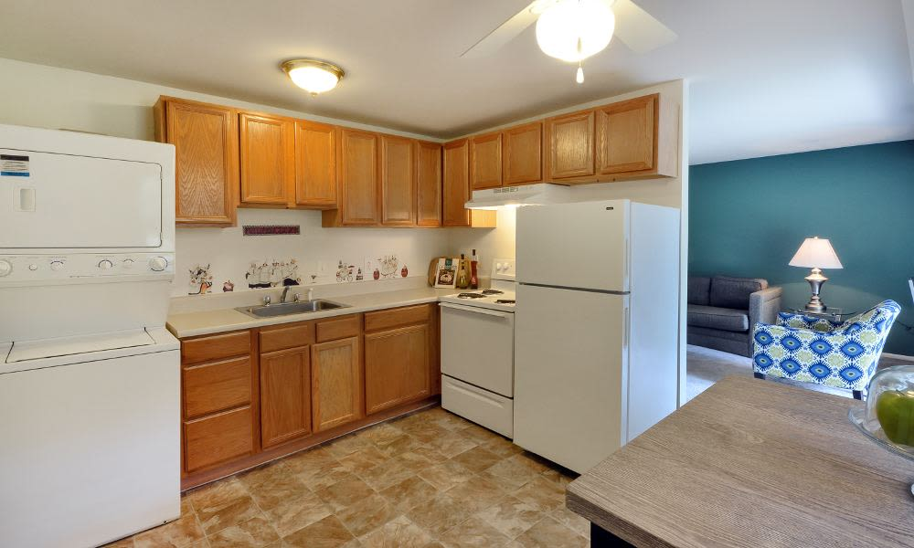 Beautiful kitchen at Mapleton Square Apartment Homes in Dover, DE