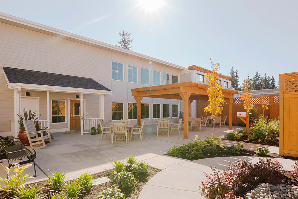 Patio at Mukilteo Memory Care