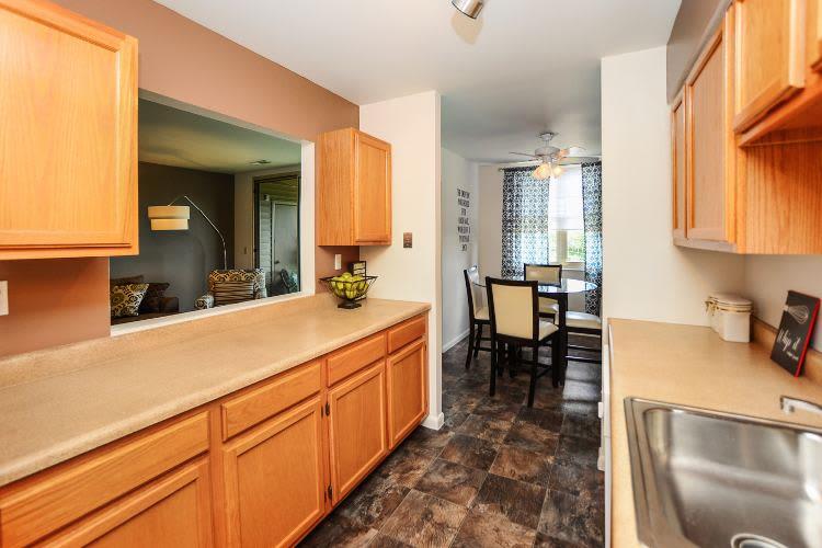Kitchen at Summit Pointe Apartment Homes