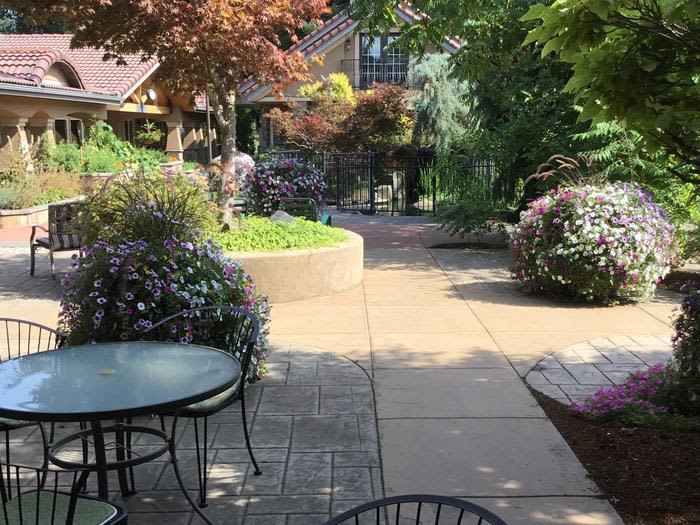 Courtyard at Coeur d'Alene offers  beautiful gardens in Coeur d'Alene, Idaho