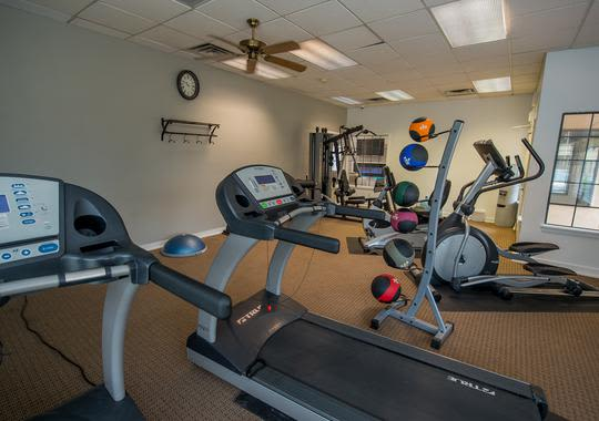 Well equiped fitness center at Council Place Apartments, Oklahoma City