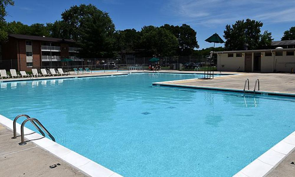 A swimming pool that is great for entertaining at Columbia Pointe Apartment Homes in Columbia, MD
