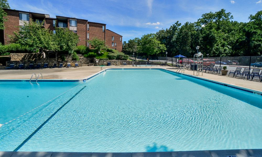 Spacious swimming pool at Columbia Pointe Apartment Homes in Columbia, MD