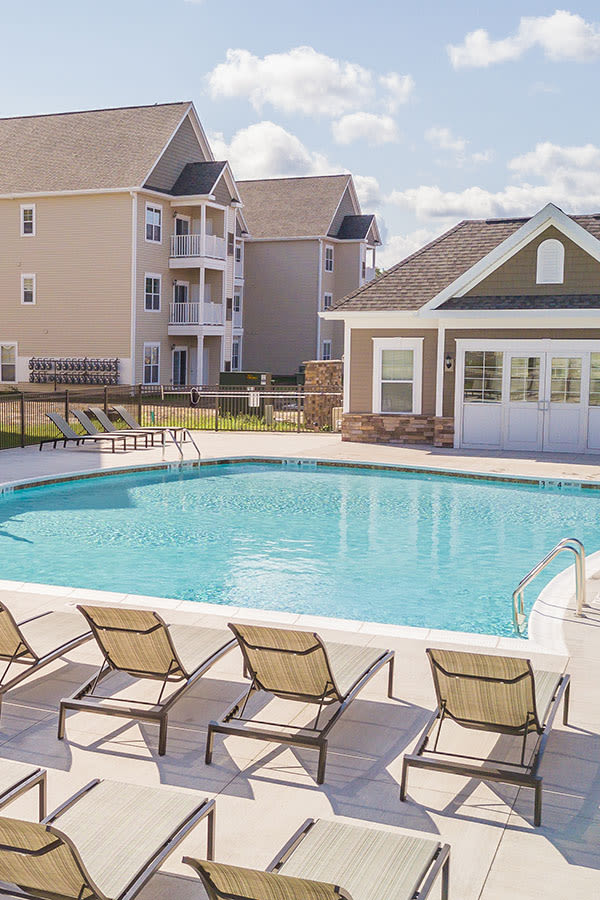The Landings at Meadowood poolside in Baldwinsville, NY