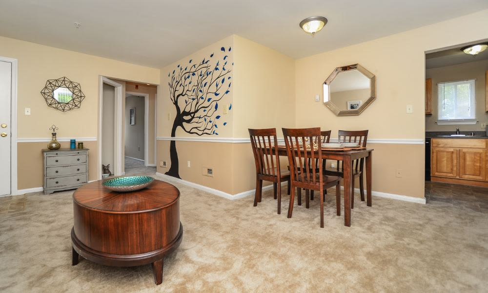 Spacious apartments at Fox Run Apartments & Townhomes in Bear, DE