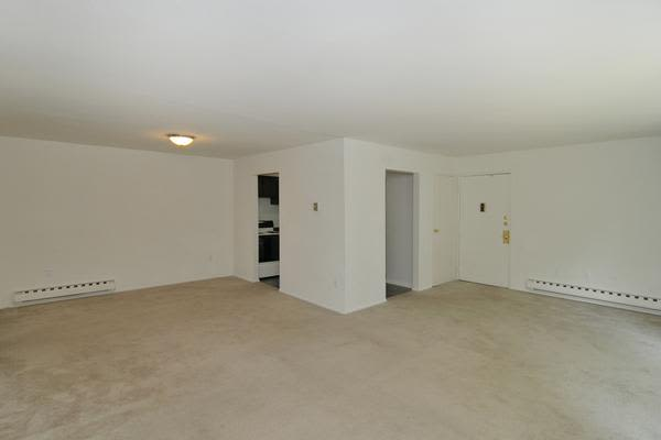 Whitestone Village Apartment Homes offers a spacious apartments in Allentown, PA
