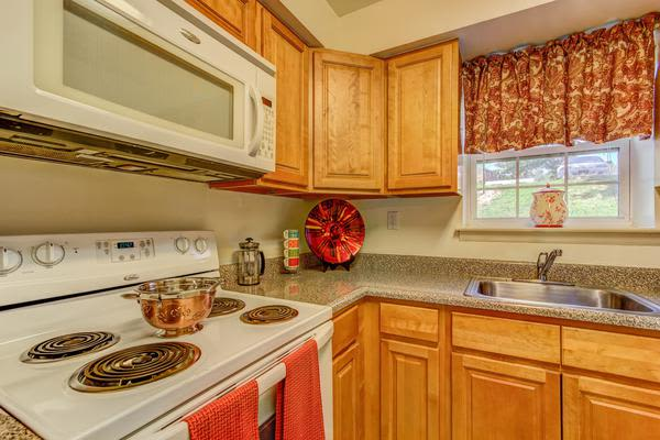 Cozy kitchen at Woodacres Apartment Homes in Claymont, DE