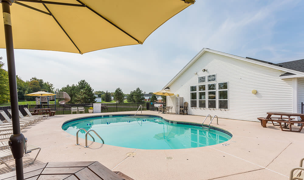 Swimming pool at Maplewood Estates Apartments in Hamburg, New York