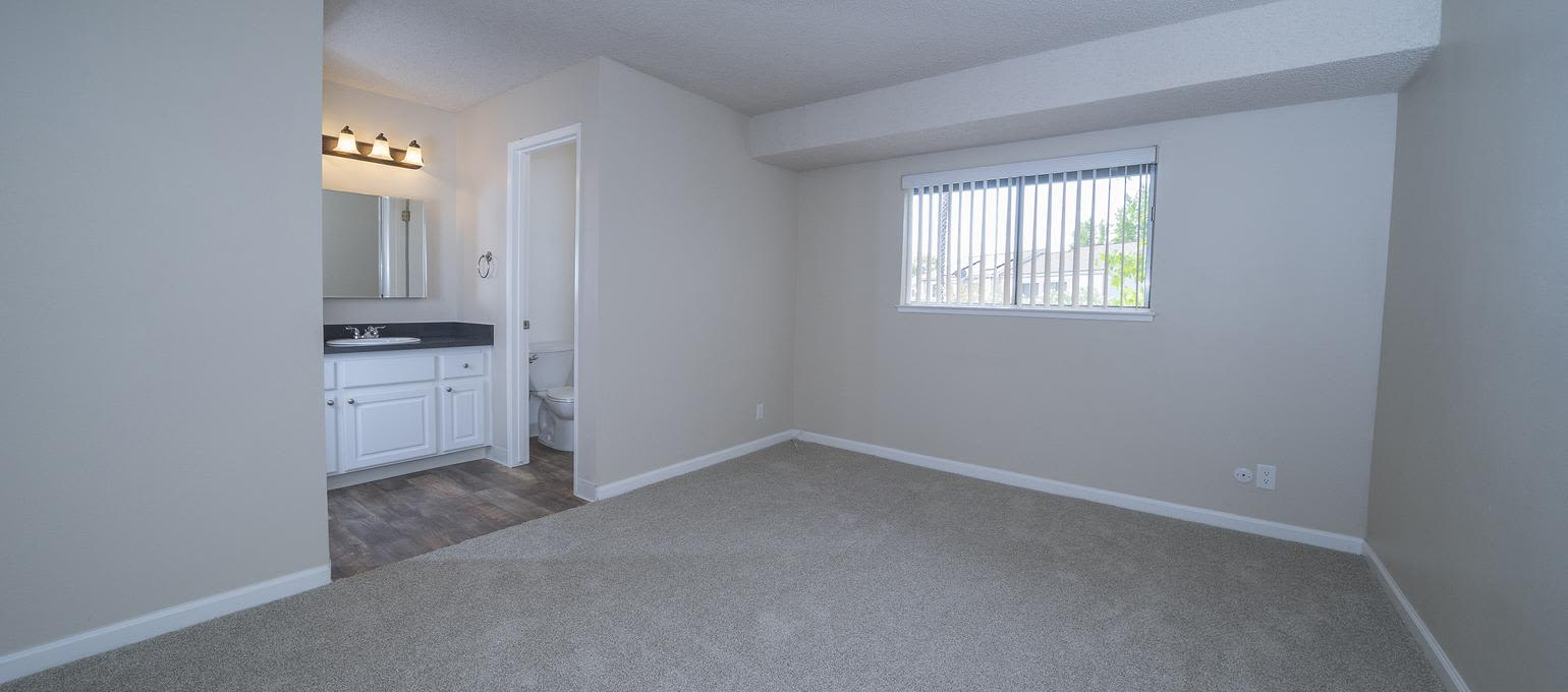 Living room at Valley Ridge Apartment Homes in Martinez, California