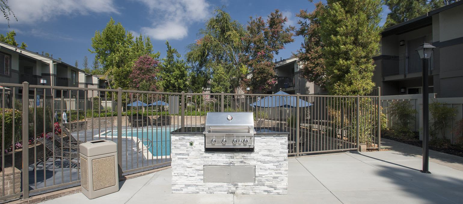 BBQ Area at Valley Ridge Apartment Homes in Martinez, California