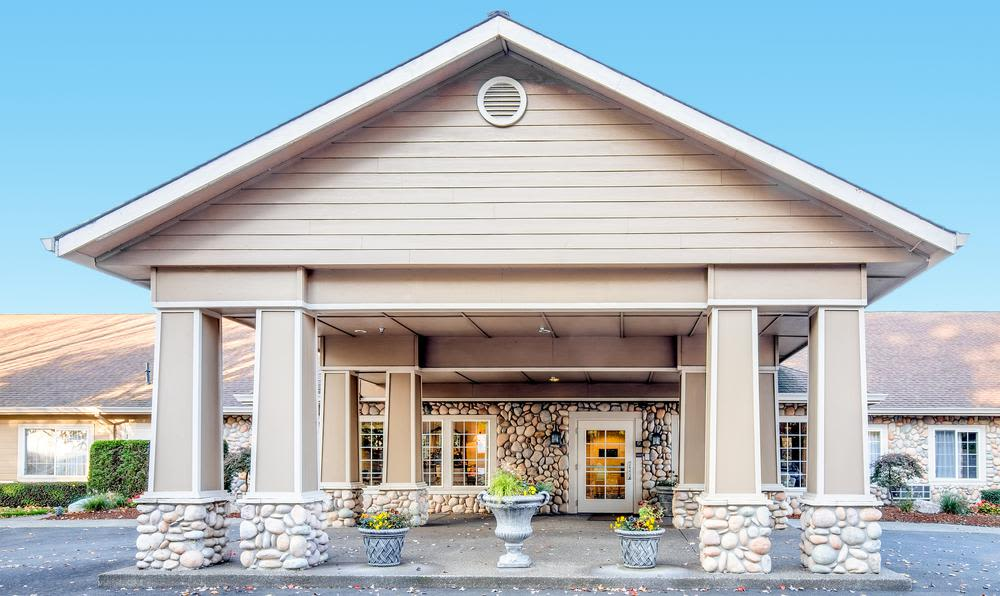Main entrance at Cedar Crest Alzheimer's Special Care Center in Tualatin, Oregon