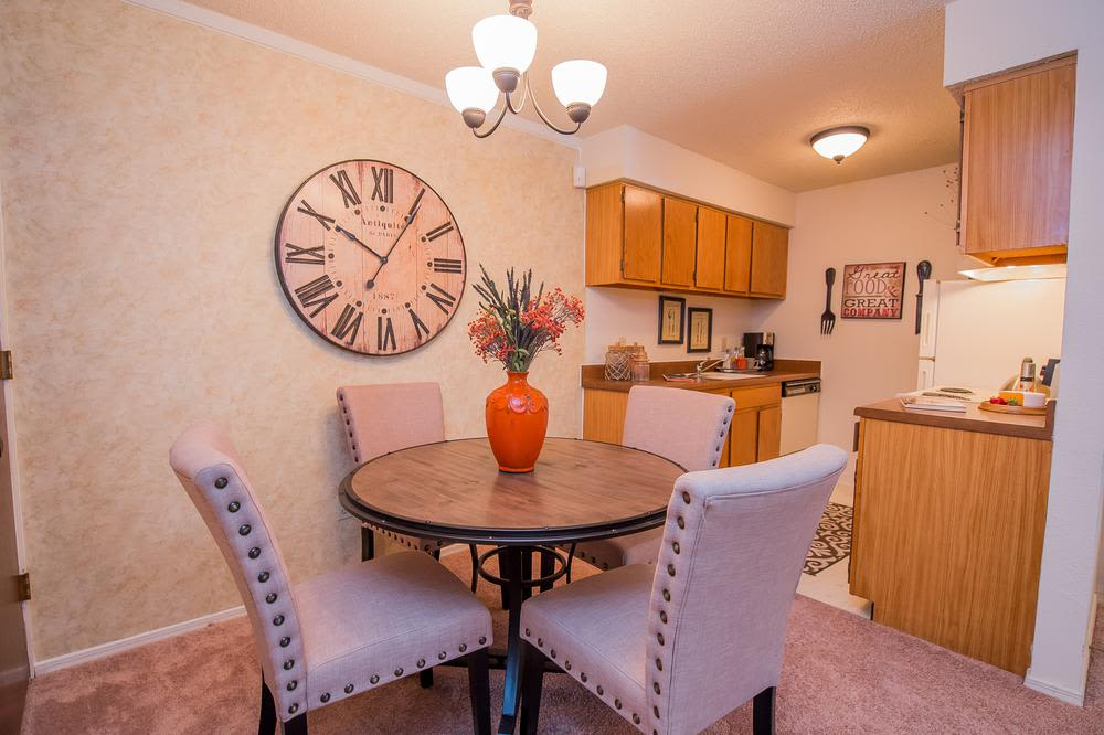 Dinning room, at Sunchase Ridgeland Apartments in Ridgeland, Mississippi